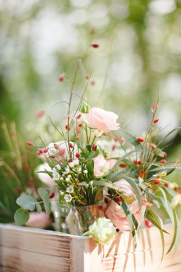 Fioles fleuries de l'atelier Lilas Wood fleuriste mariage à lyon en Rhône alpes