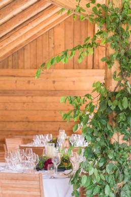 Décoration confectionnée par l'atelier Lilas Wood fleuriste mariage à Annecy, Genève, Chambéry, Grenoble en Savoie et Haute Savoie.