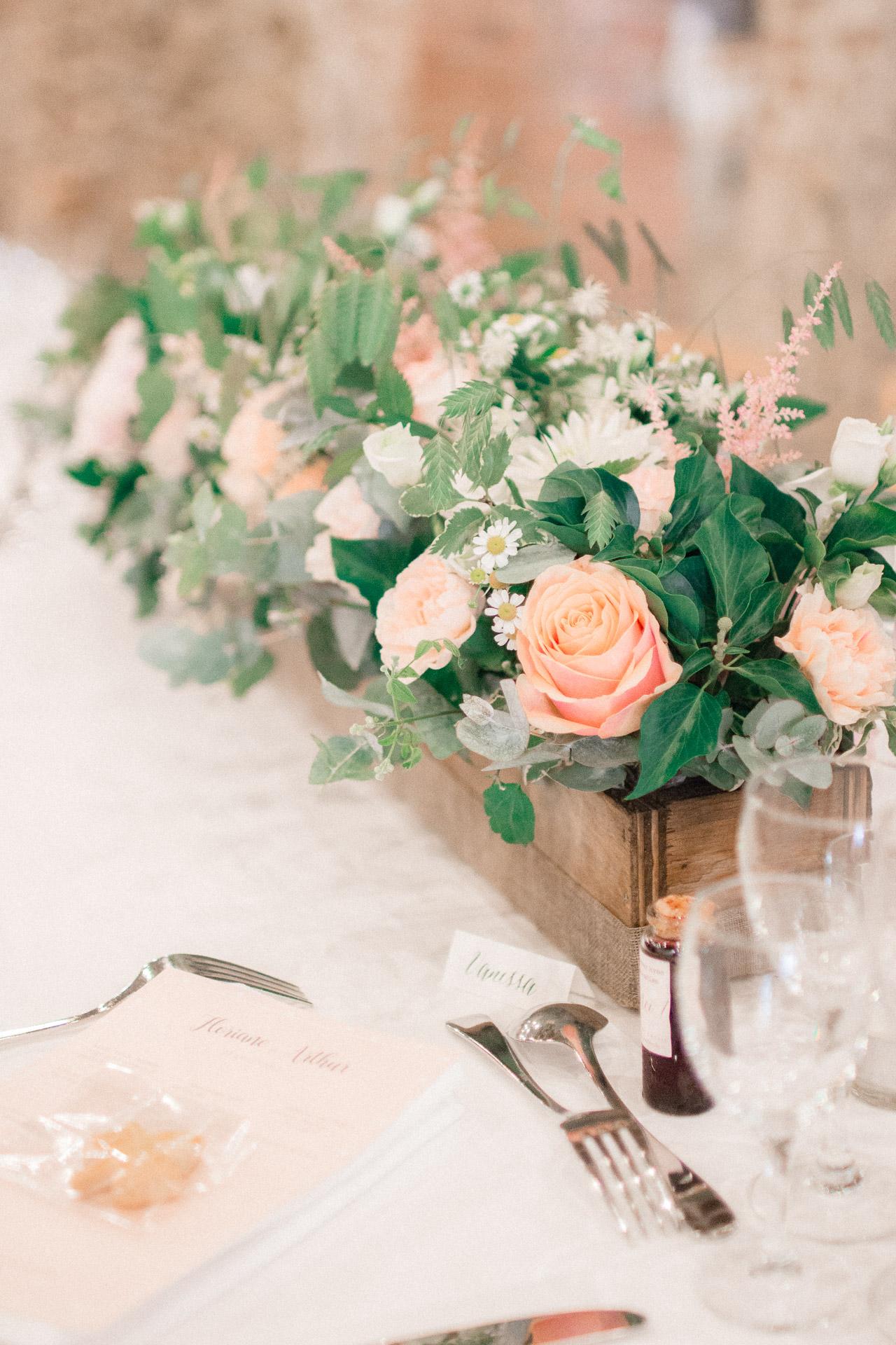 Centre De Table Design lilas wood - fleuriste mariage drôme & drôme provençale