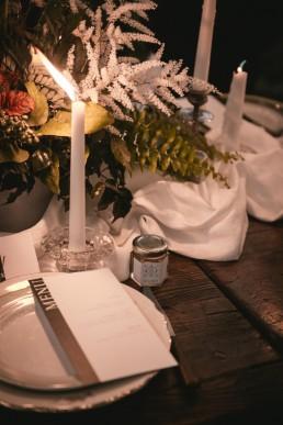 Centre de table et décoration florale de l'atelier Lilas Wood fleuriste mariage Clermont-Ferrand en Auvergne - Photographie Zéphyr et Luna