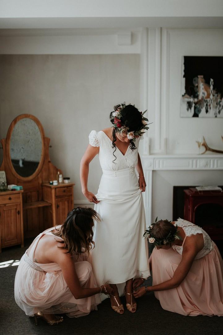 Couronne de fleurs de la mariée confectionnée par LILAS WOOD - Fleuriste Mariage Dijon & Bourgogne.