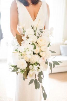 Bouquet de mariée confectionné par l'atelier LILAS WOOD, Design Floral & Fleuriste Mariage La Tour Vaucros à Sorgues (84) en Provence - Photographe Valéry VILLARD.